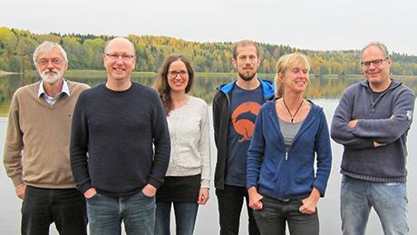 Utvärderingsgruppens första möte, oktober 2015. Fr.v.: Claes Bernes, James M. Bullock, Maj Rundlöf, Simon Jakobsson, Regina Lindborg och Kris Verheyen. Foto: Anna Waldenström.